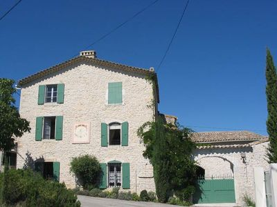 House 14 people with private pool and wifi near ANDUZE NIMES UZES