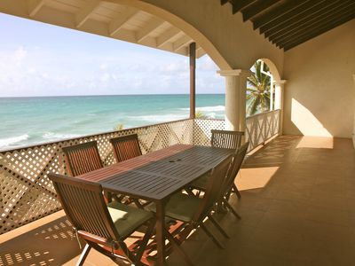 Beach Front Luxury 4 Bedroom Apartment With Pool & Jacuzzi