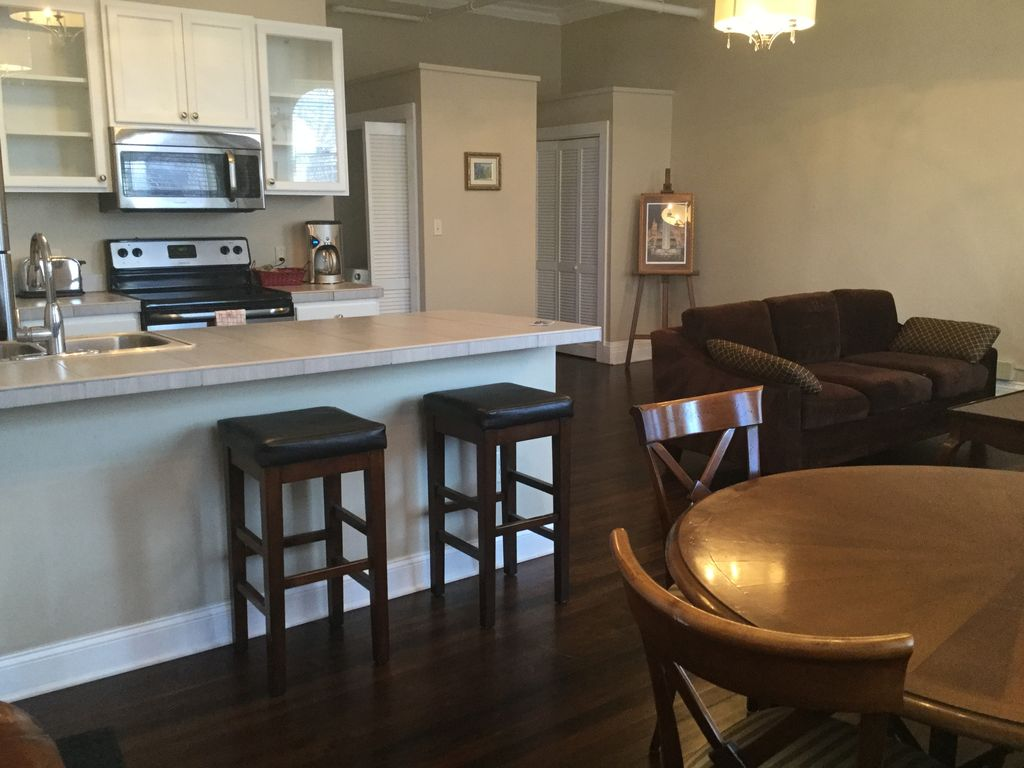 Heart of Center Sq w Parking Beautiful 1 Bedroom Apartment In Albany s