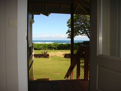 3rd bedroom main floor ocean view, private access & direct beach access