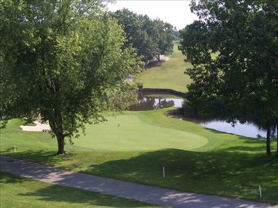 Golf anyone? Take your pick of over 20 courses at the lake!!