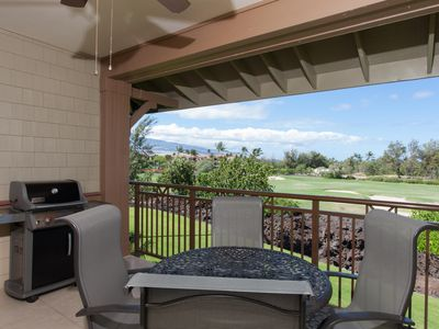 Enjoy the Beach Golf Course view while you grill (Weber) dinner on the lanai.