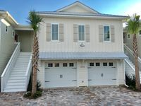 Brand New Well Appointed Gulf View Townhouse, 5 Star Reviews! Book Now!