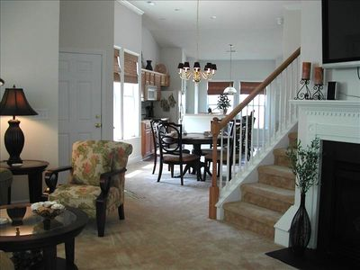 Beautiful Barefoot Townhome with Garage, Fireplace & Wifi
