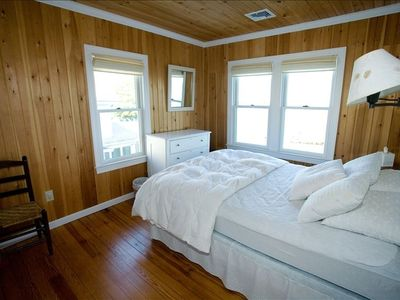 Branford house rental - Second floor bedroom