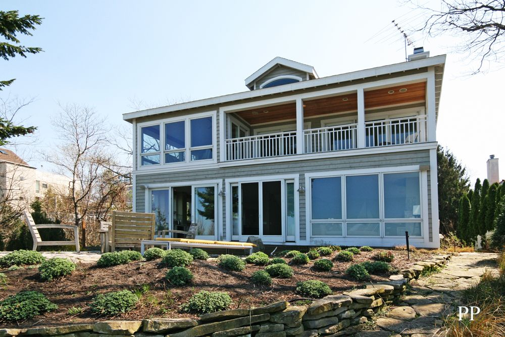 A luxury lake michigan beach house homeaway michiana for 10 bedroom vacation rentals in michigan