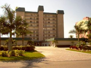 Fort Myers Beach condo rental - Dolphin Watch Condo on the north end of the island