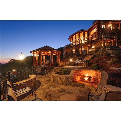Fantastic resort lodge with pool spa vrbo for Cost to build a house in georgia