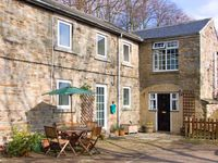 2 THE MEWS, pet friendly in Middleton-In-Teesdale, Ref 909