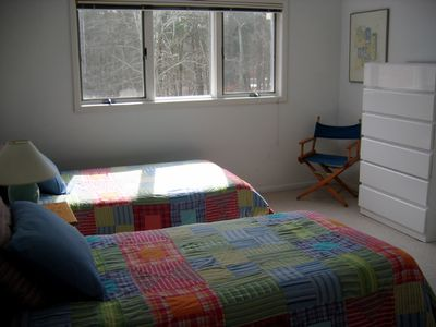 Third Level 2 Twin Beds