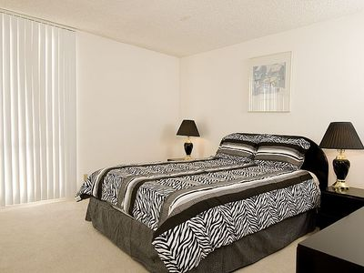 Bright, Modern, Luxury Corporate Apartments (1mo min) Short/Long Term