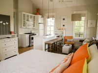 South of 30A, Steps to Beach Access~Carriage house with King&Bunks in Rosemary!
