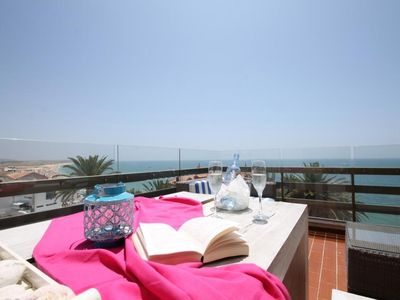 Panoramic terrace, parking and internet - 2 bedrooms, 6 sleeps - Algarve