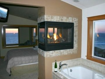 Lincoln City house rental - 'Heavenly' master suite with incredible views, spa tub, gas fireplace and LCD TV