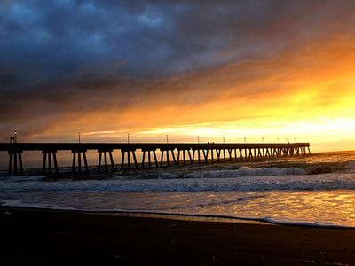 Wrightsville Beach cottage rental - Sunrise and Johnny Mercer's Pier