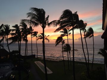 Kaanapali condo rental - Spectacular sunset seen from our lanai.
