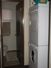 Mammoth Lakes condo photo - Washer & Dryer