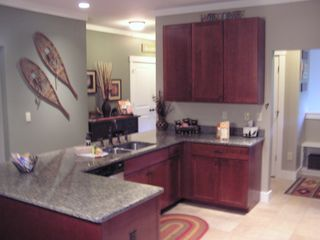 Lincoln townhome photo - Full Kitchen With ALL Amenities Of Home