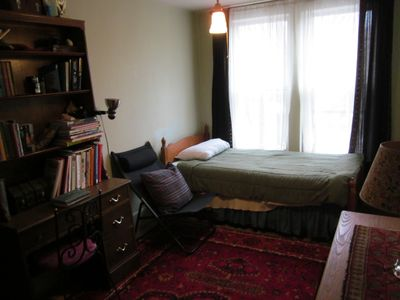 Roxbury house rental - Quiet extra bedroom for you to lay down and enjoy a good book.
