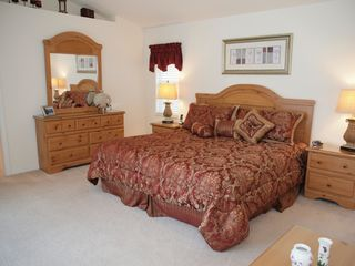 Briarwood Naples house photo - spacious master suite in this holiday villa
