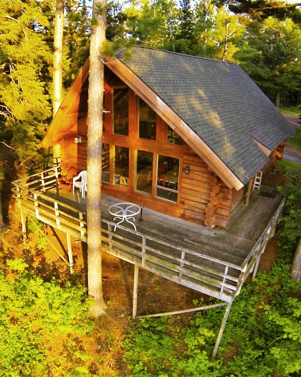 Big pines getaway log cabin in northern vrbo for Cabins in northern mn