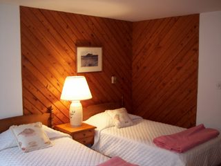 Chappaquiddick house photo - Guest Room with Twin Beds