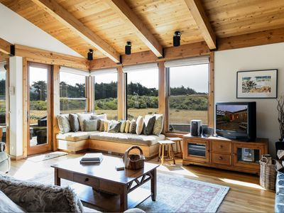 Sea Ranch house rental - Another view of the family room