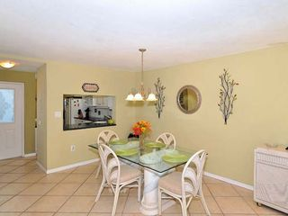 Lido Key condo photo - Dining area