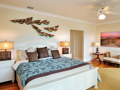 The 1st master bedroom has a king bed, double walk-in closets.