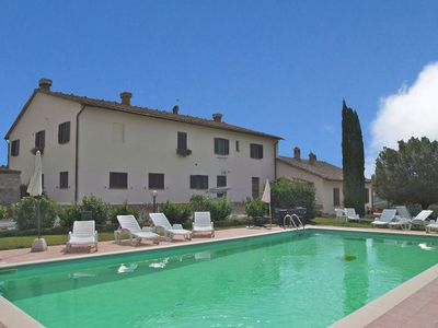 Authentic farmhouse in the Val D'Orcia with pool and stunning views