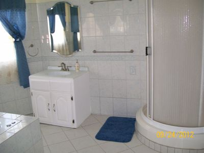 Gros Islet house rental - Partial view of master bath