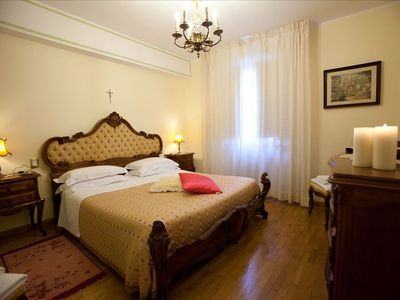 Pinturicchio charming apartment - The king size bedroom