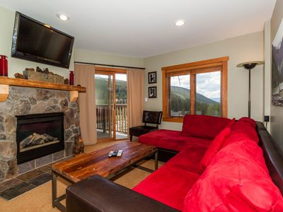 1 Bedroom Condo, Slope Views, Short Walk to Gondola