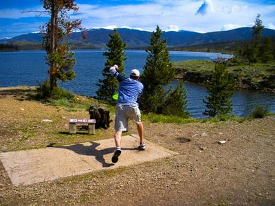 5 minute drive to Frisbee Golf Course, Dillon Reservoir in background