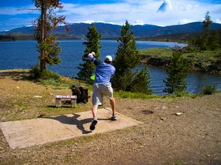 Frisco townhome photo - 5 minute drive to Frisbee Golf Course, Dillon Reservoir in background