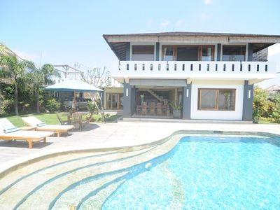 Nusa Dua house rental - Spacious layout perfect for relaxing family holidays