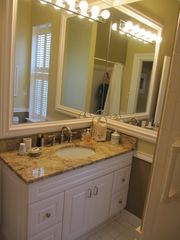 Savannah townhome photo - Back Bathroom