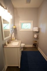 Nashville cottage photo - Sparkling clean bath with a shower.