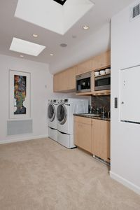 Malibu house rental - Guest Kitchenette
