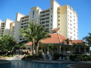 .Condominium is on the 10th floor. Privacy yet convenient to amenities.