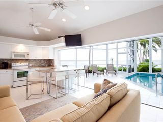 2br Pools Of The Kai 6 2 Br 2 Ba In Grand