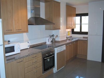Fully equipped and modern kitchen