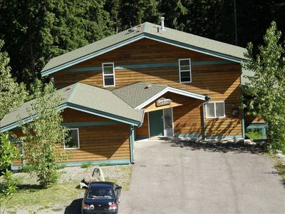 Sun Peaks chalet rental - Enjoy Summer at Snow Country Lodge