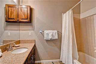 Mountain Ranch condo photo - Bathroom 2