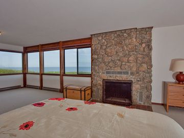 Downstairs master bedroom with view of Pacific Ocean