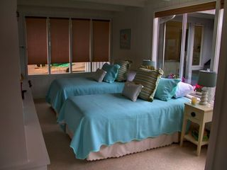 Pacific Grove house photo - Third bedroom set up as 2 twins