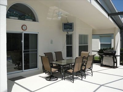 Liberty Village house rental - Covered Lanai- with TV