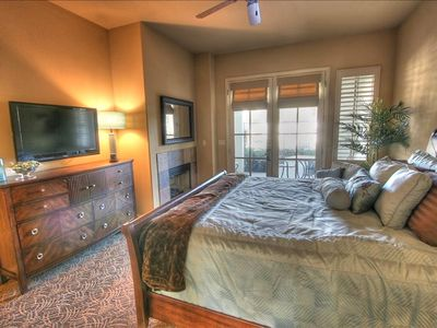 La Quinta condo rental - This a master studio suite with flat screen, blu-ray dvd, and wireless internet.