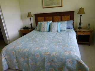 Waikoloa Beach Resort condo photo - Master bedroom w King ocean theme King bed, iHome ipod/ipad/mp3 dock, Cable TV