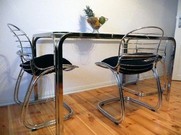 LB1: chrome/glass dining table & vintage chairs